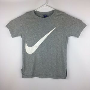 Nike Swoosh Women's Workout T-Shirt